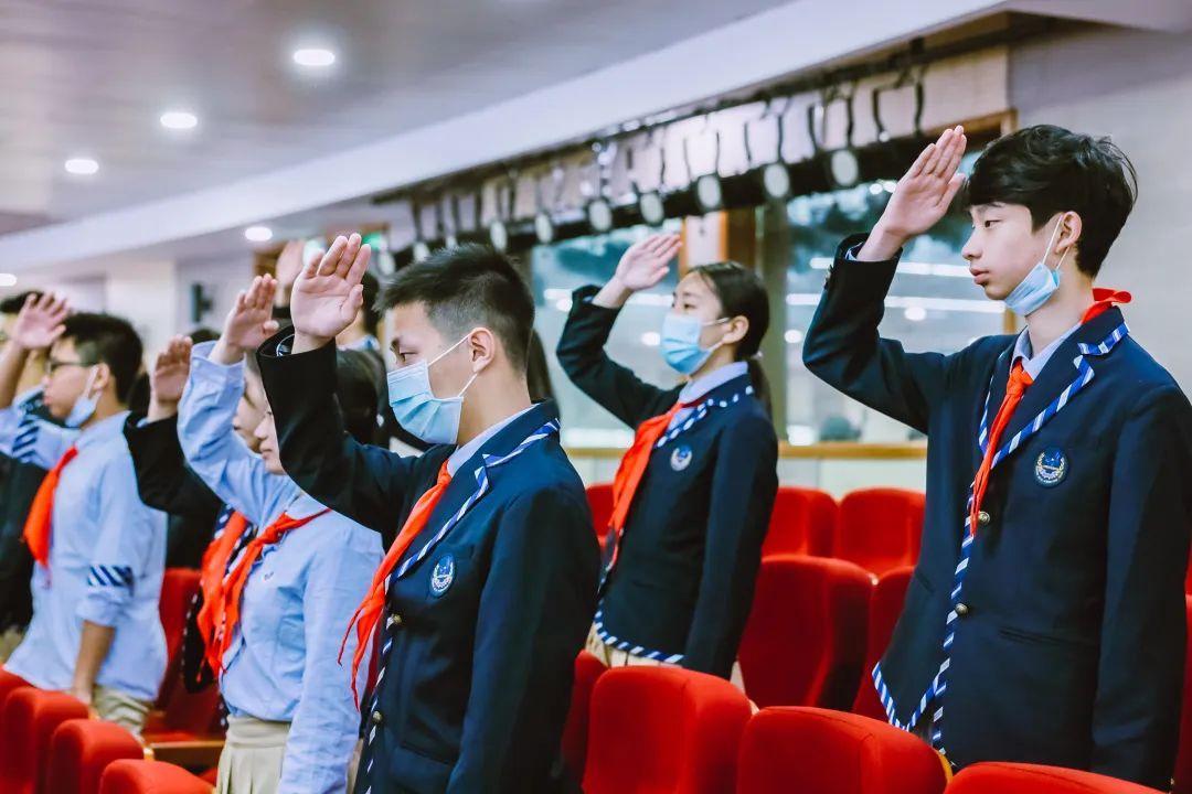 毕业季 | 骊歌唱响,共盼未来——上海民办位育中学2020届初中毕业典礼暨退队仪式图片_31