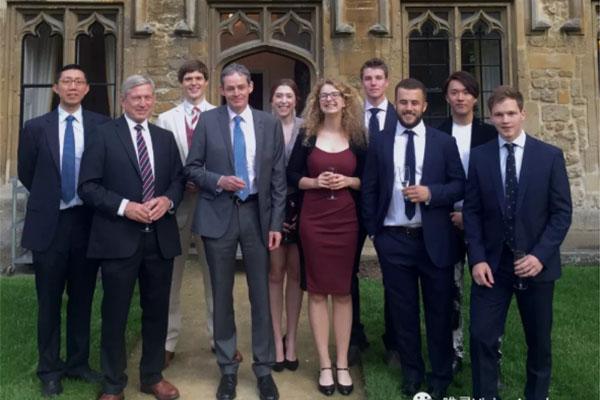 ALevel考到3A*  帮助无数同学们做英国本科申请选择 选揭秘牛津大学贝利奥尔学院的老师日常内容图片_3
