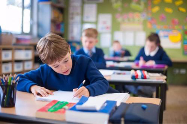 2021英国中学GCSE考生参加外部考试  面临强制性评估?同学们该如何应对内容图片_2