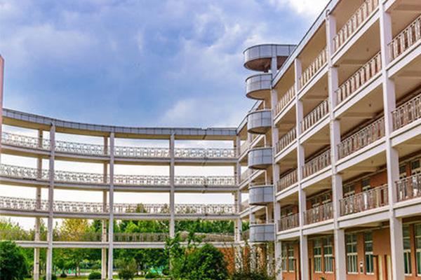 21所上海国际学校不收非沪籍的学生了?这些优质的学校你会选择哪所内容图片_1