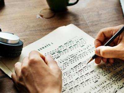 如何练习托福口语熟练度呢?从词汇到句子处处是关键