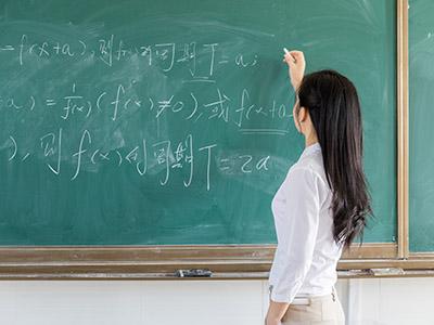 STEP考试难吗 有的真题和雅思阅读一样长