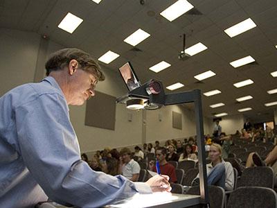 美国大学研究生申请要求高不高?排名前10学校GPA和语言分数线汇总