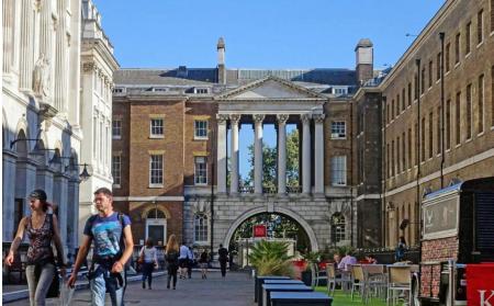 伦敦玛丽女王大学本科雅思要求接受 附ALEVEL与高考成绩申请条件内容图片_1